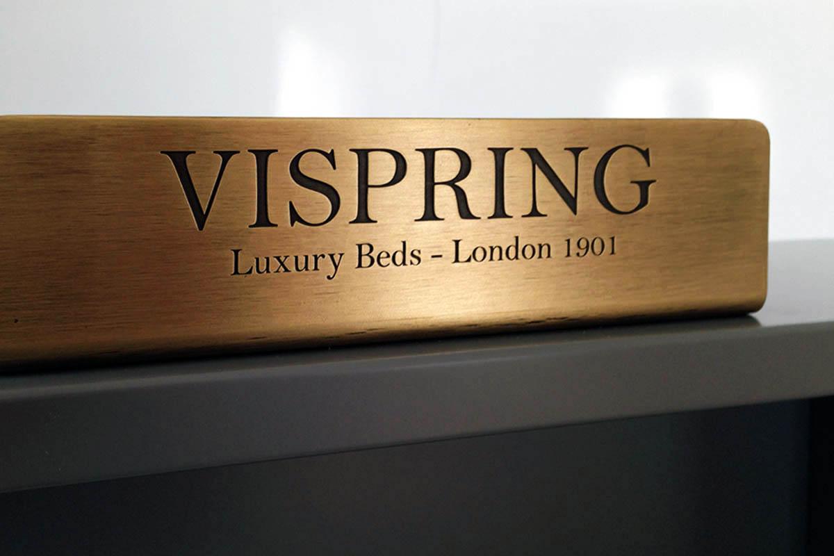 showroom-vispring-02
